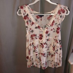 American Eagle Floral Blouse NEVER WORN